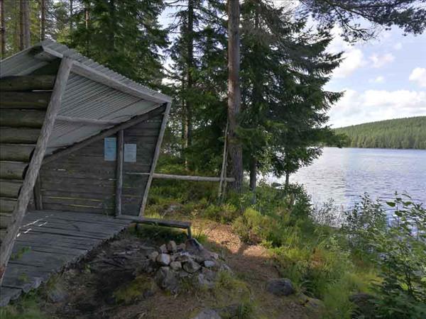 Vindskyddet vid sjön
